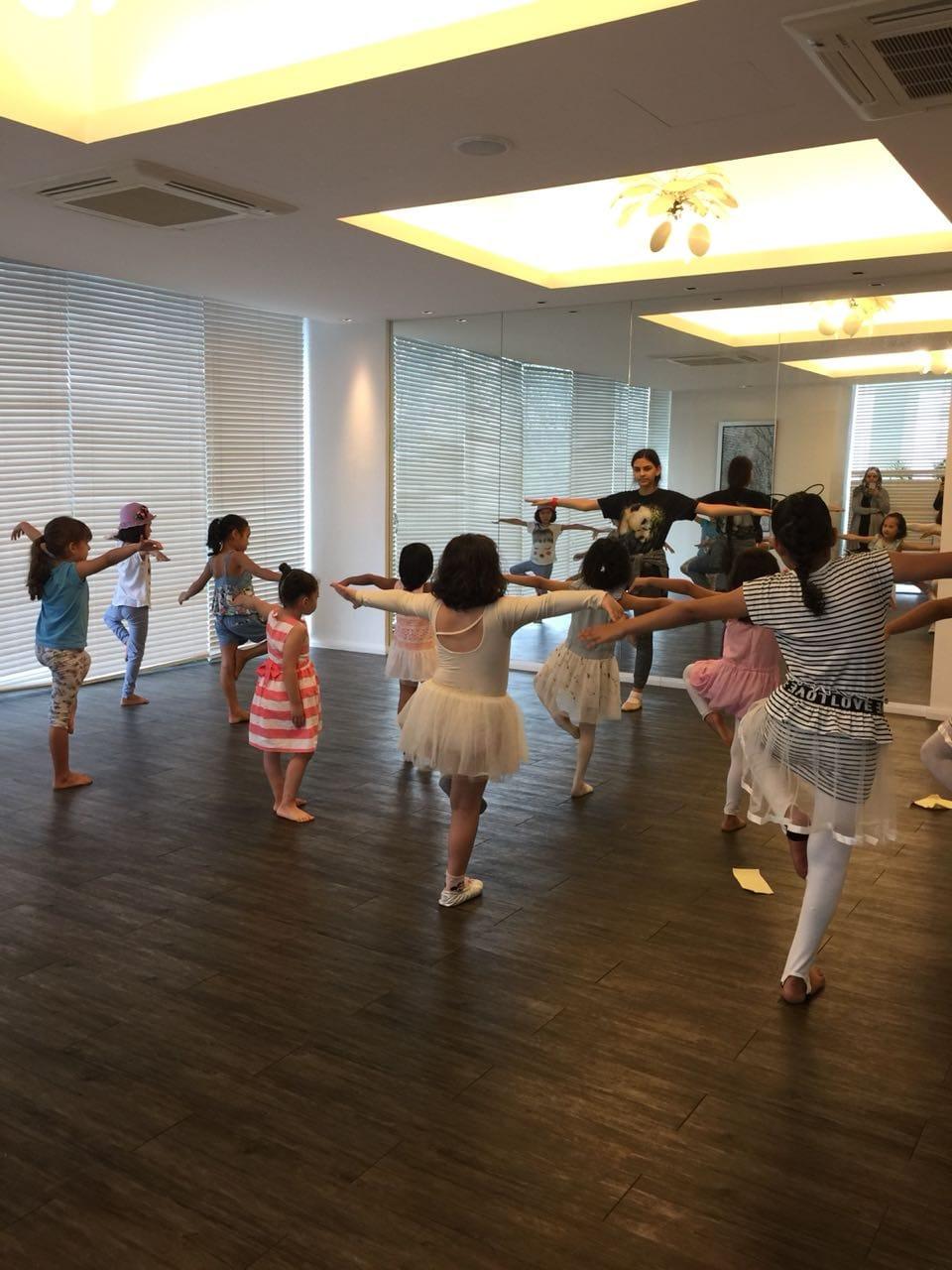 ballet002.jpg