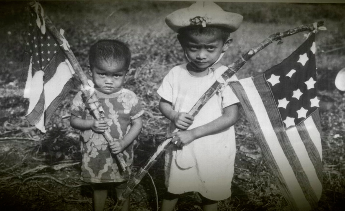 1-Chamorro_children_with_US_flag_copy.jpg