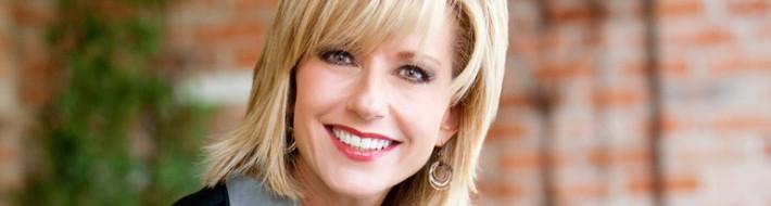 Beth-Moore-2009-Honorary-Chairman.jpg