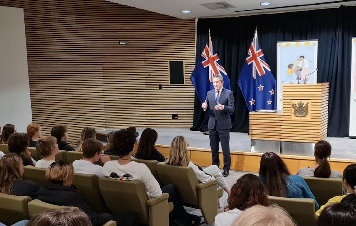 I was also very pleased to host students from Glendowie College in Wellington several days ago, which also served as a welcome reminder of home.