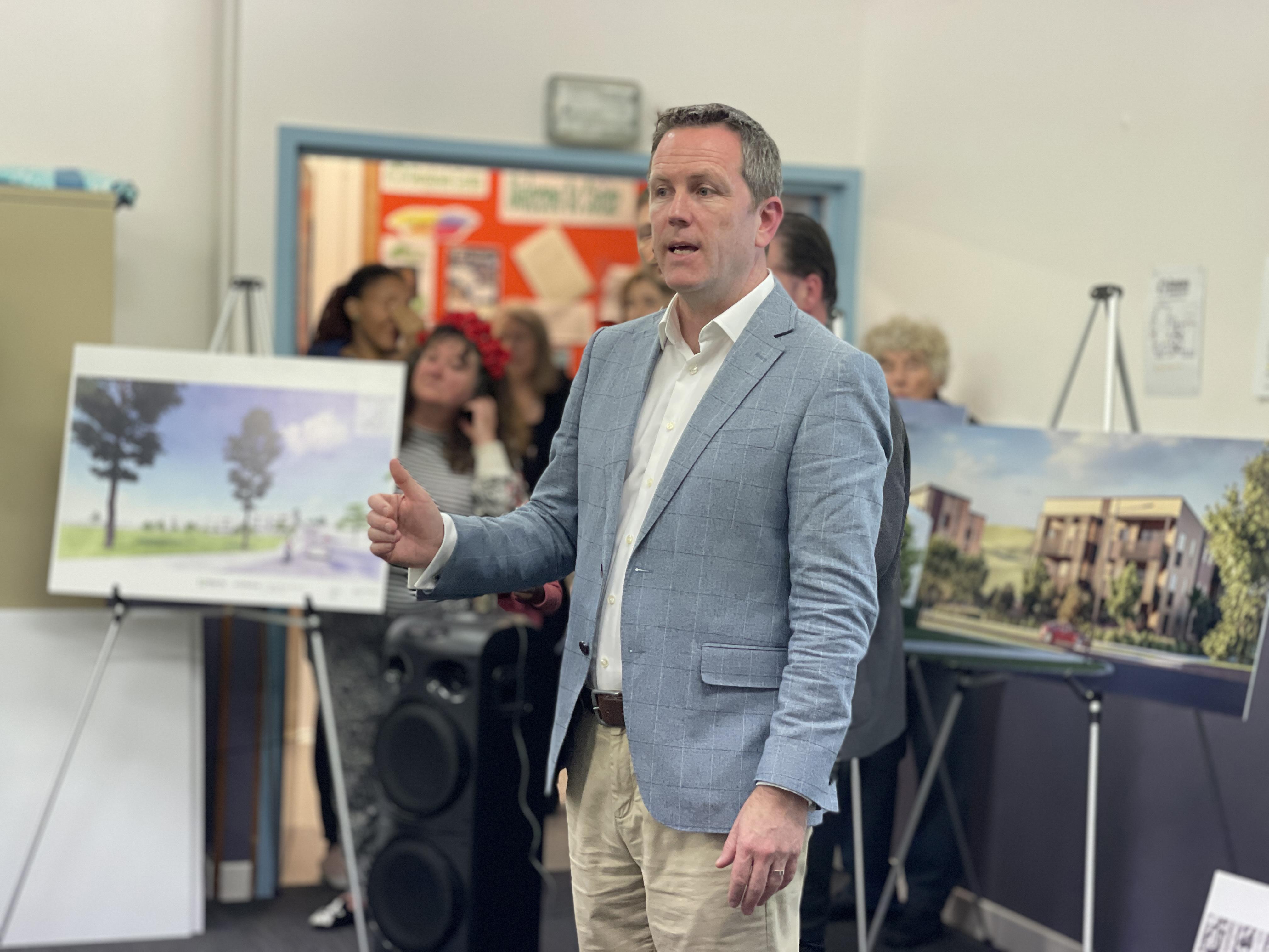 Speaking at my Glendowie Meeting on Housing Developments