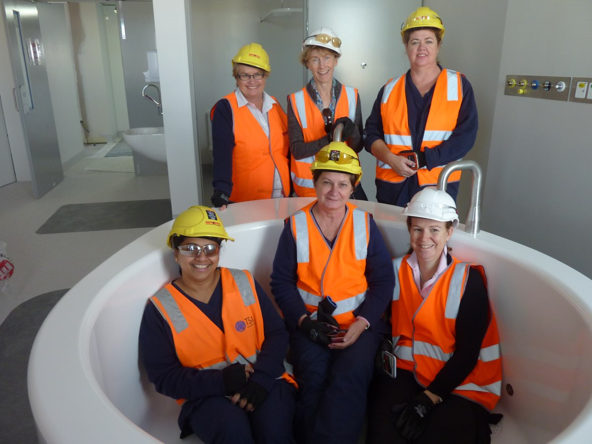 Staff preview new patient rooms at redeveloped Dubbo hospital