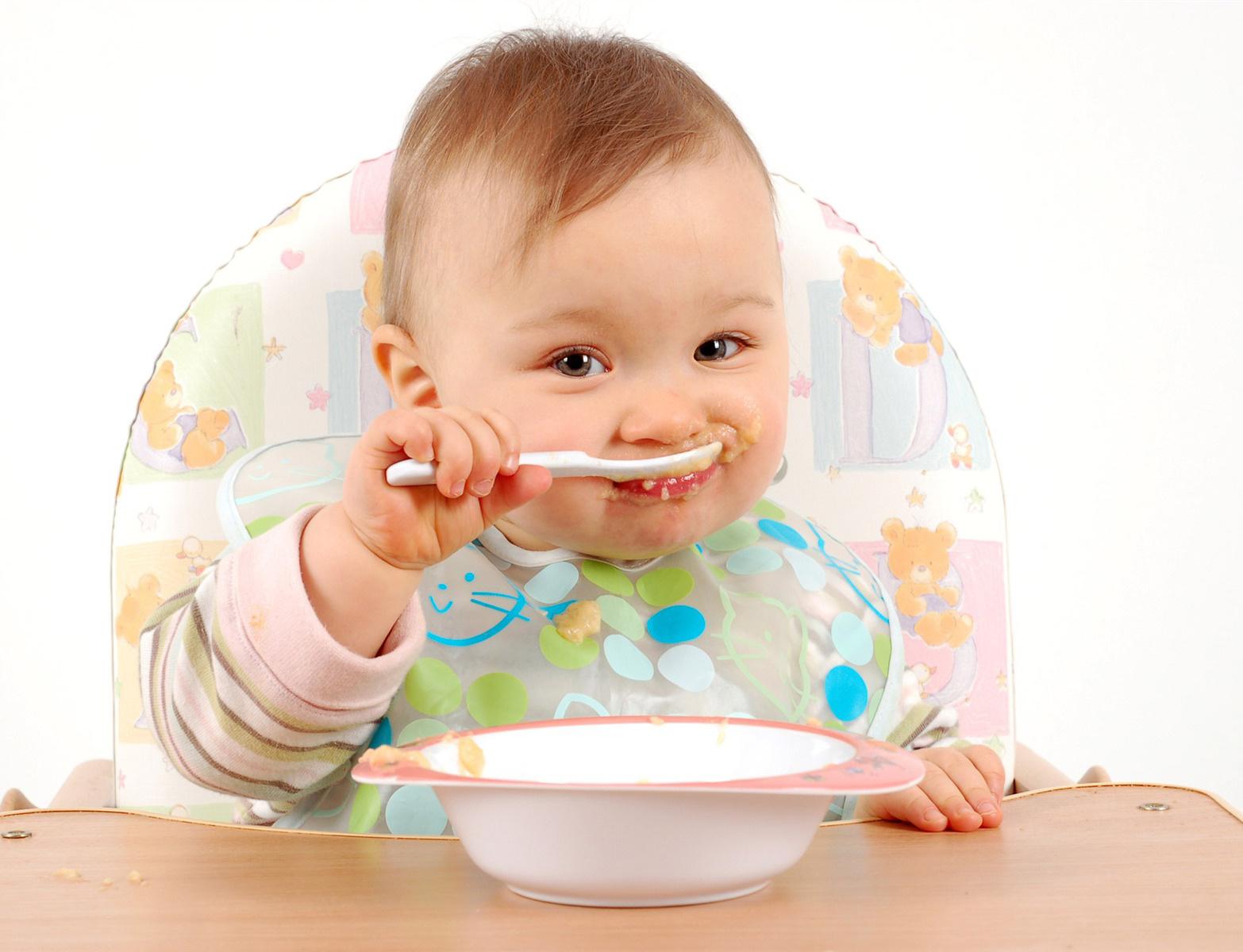 baby-eating.jpg
