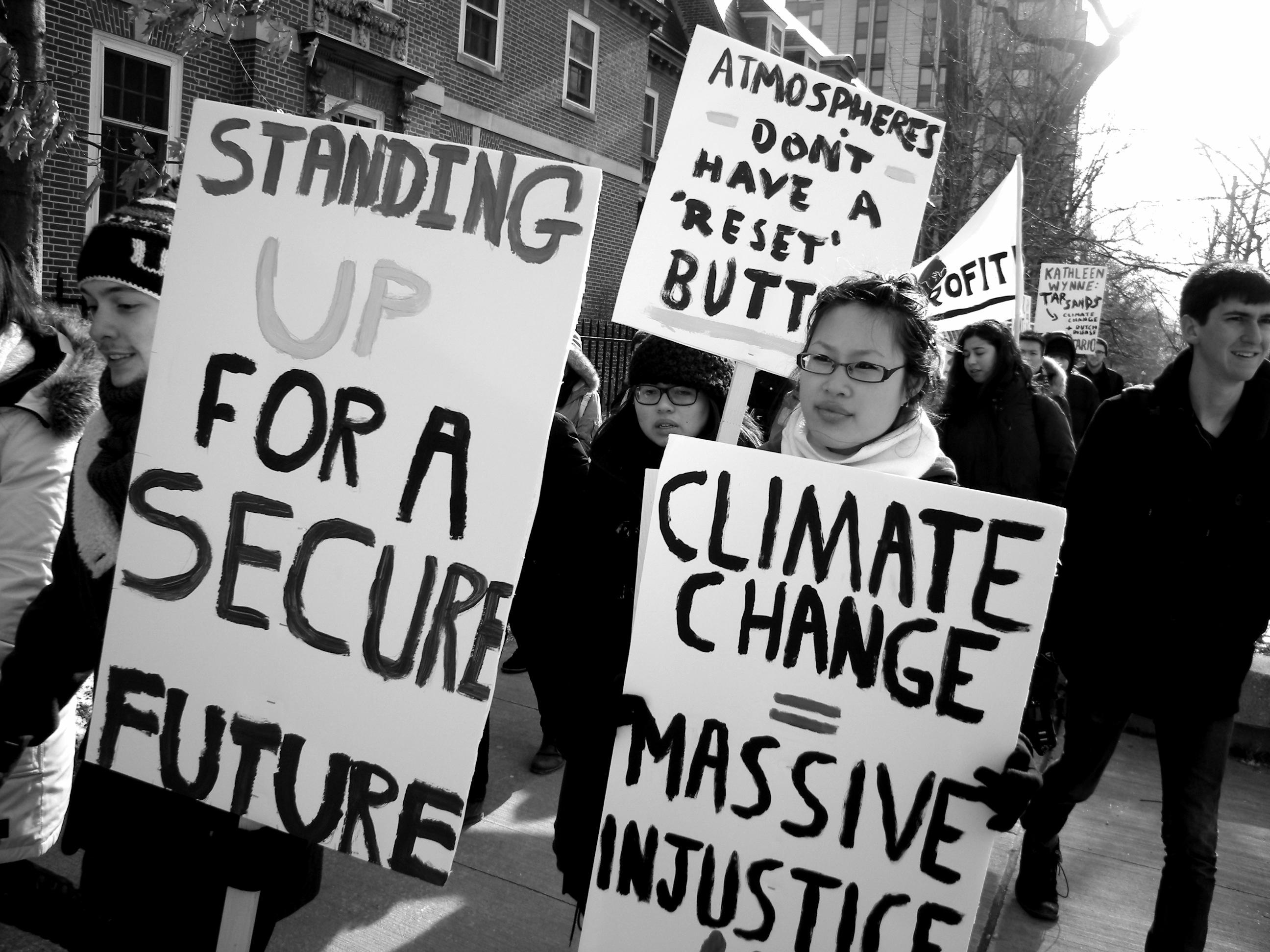 ProtestDemocratsFailuresonClimateChange.jpg