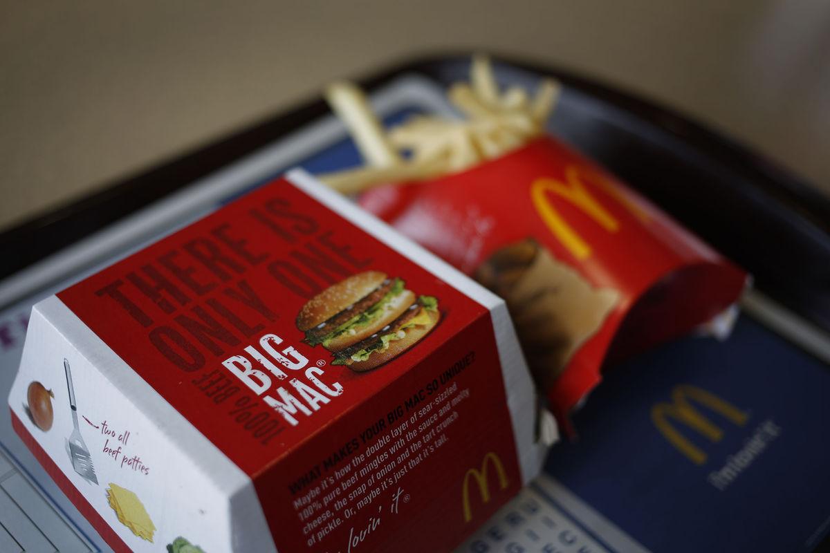 McDonaldsFoodSalesDecline.jpg