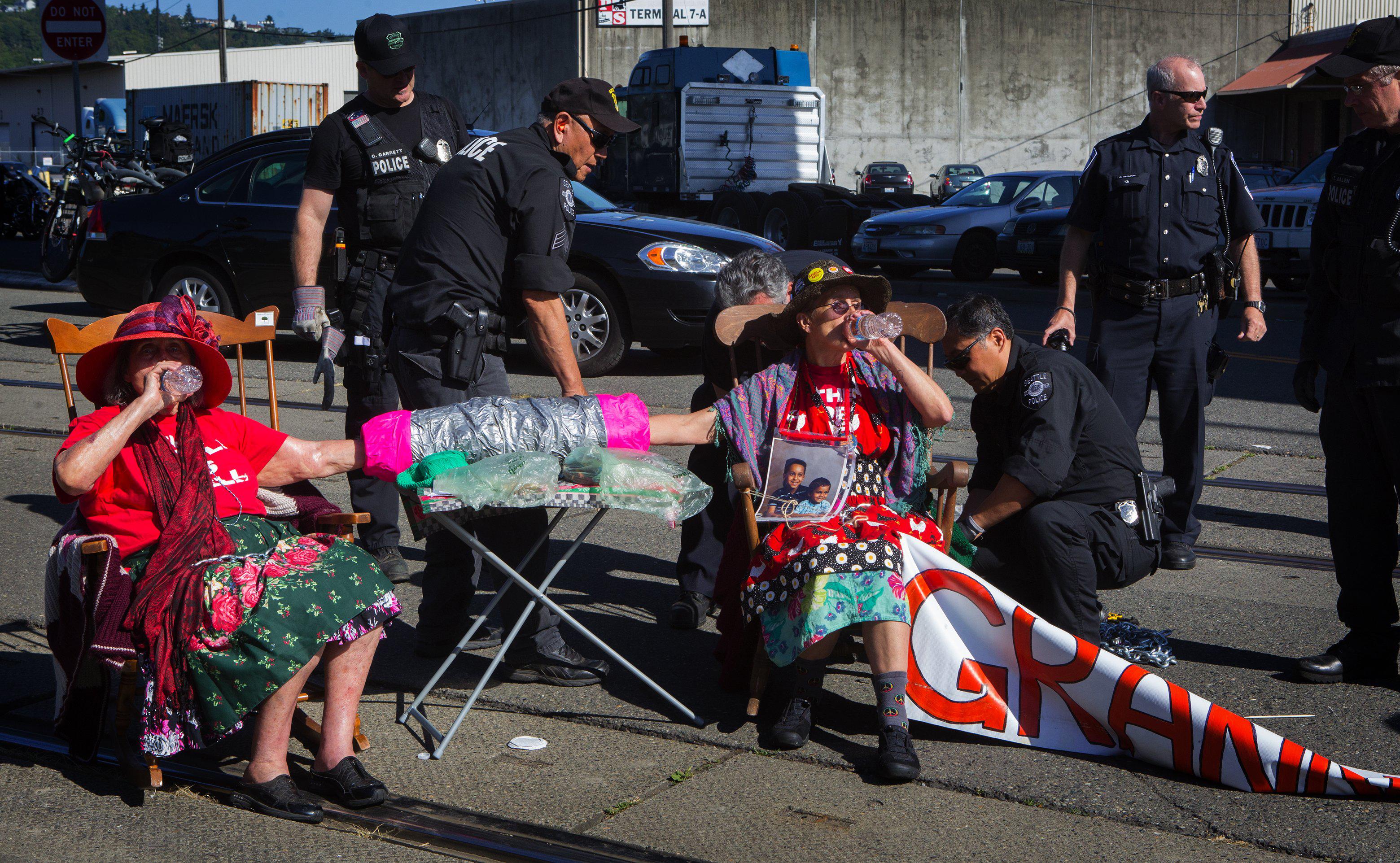 GranniesProtestArcticDrilling.jpg