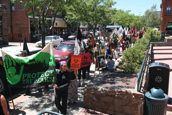 FossilFuelProtest71115.jpg