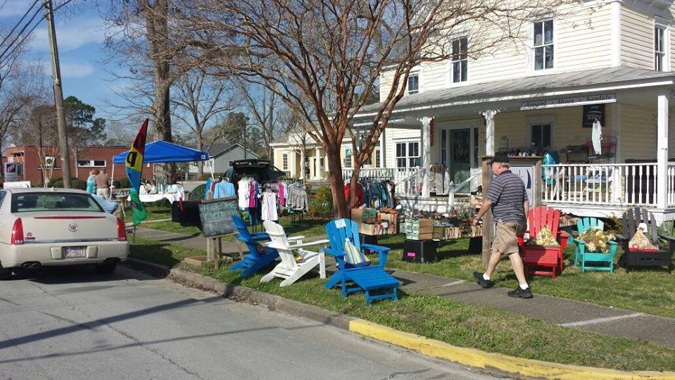 sidewalk_sale_2.jpg