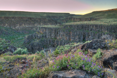 photo_nflittlehumboldt_tables-cliffs_bbeffort_96d_400x266_b20.jpg