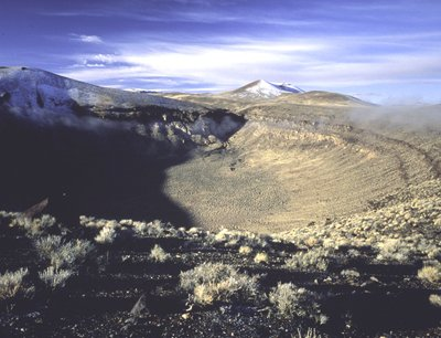 photo_palisademesa_crater_ssmith_400.jpg