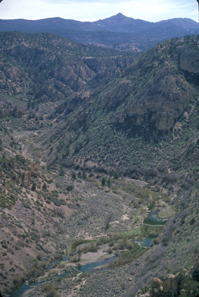 photo_tunnelspring_canyon_hbooth_400.jpg