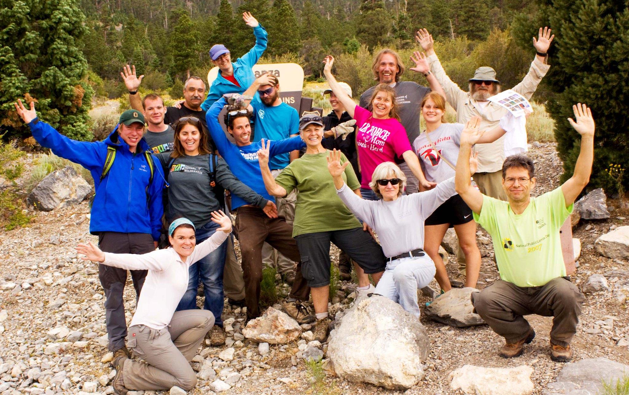 Happy_volunteers.jpg
