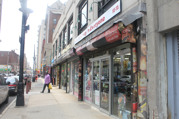 Halsey_St_Storefronts.png