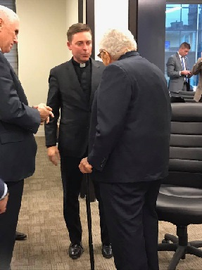 Morris_Meets_Kissinger.jpg