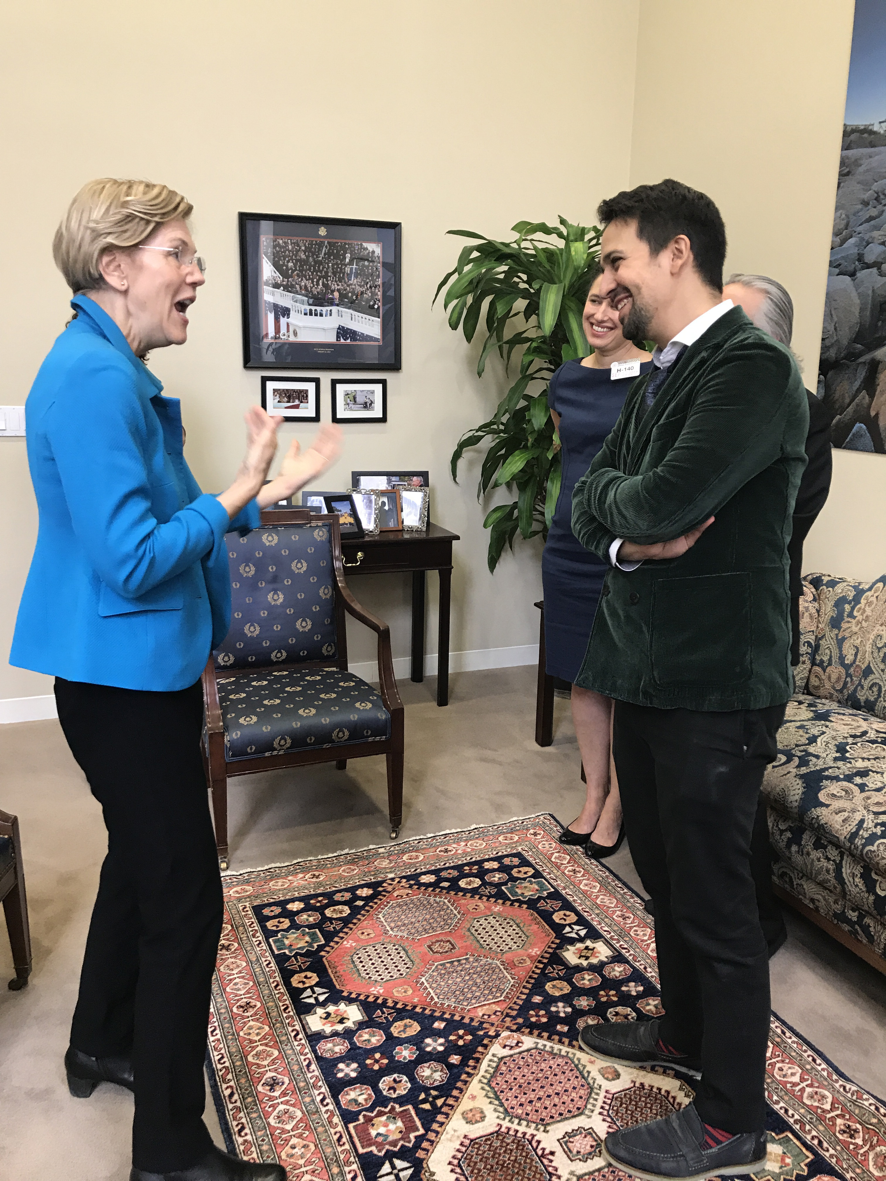 Lin-Manuel_Miranda_and_Senator_Elizabeth_Warren.jpg