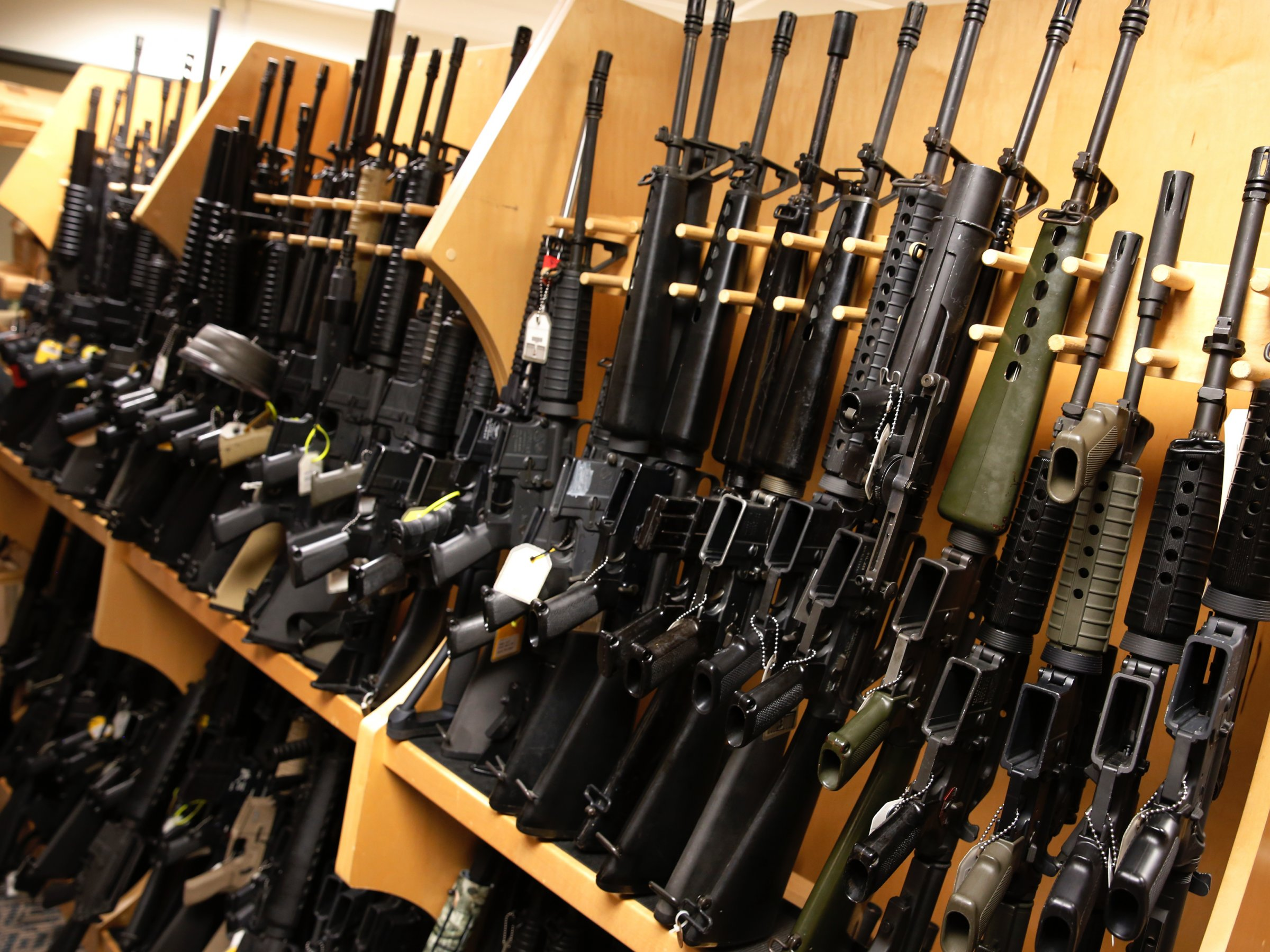 stock_gun_rack_photo.jpg