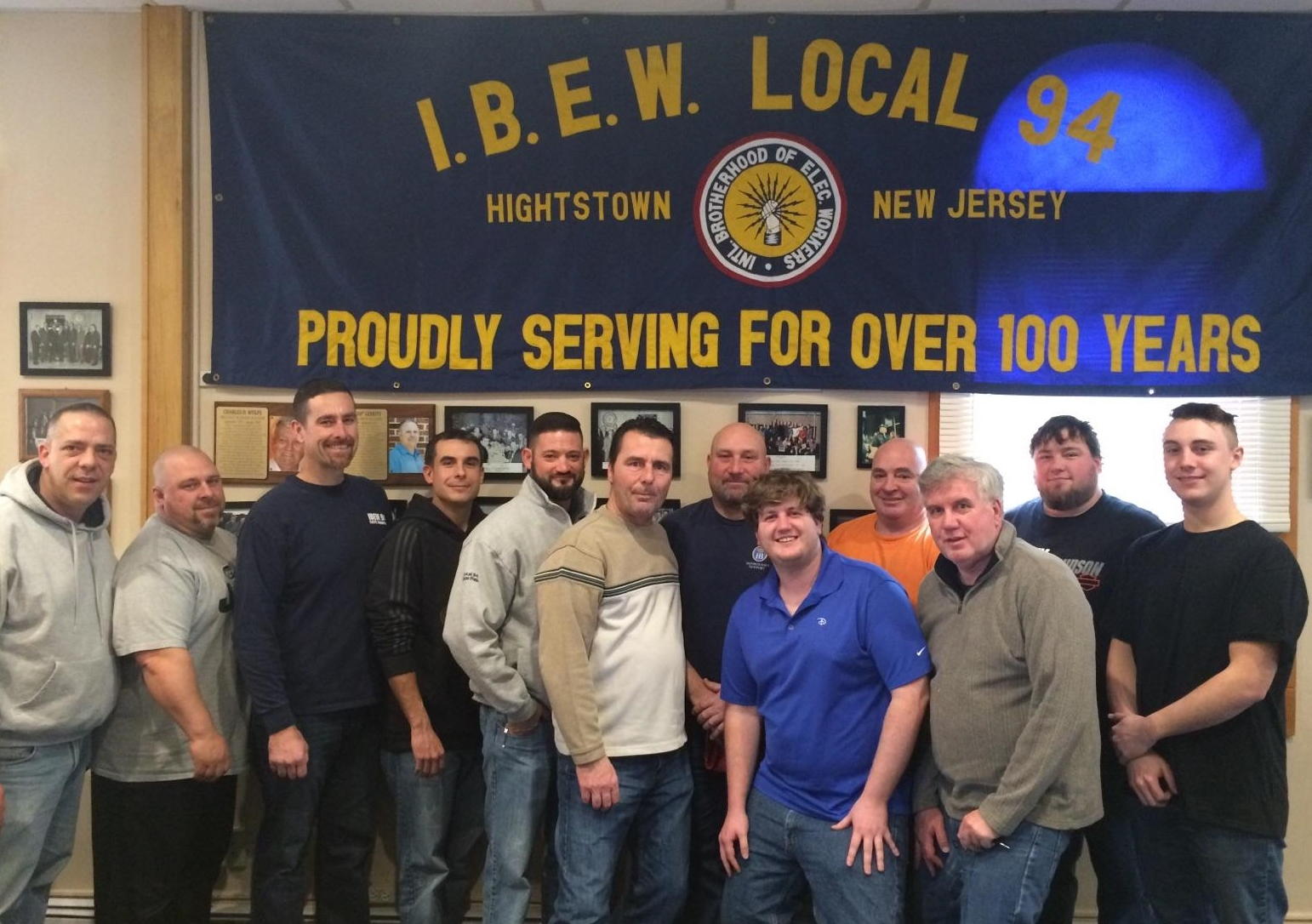 IBEW_volunteers_II.jpg