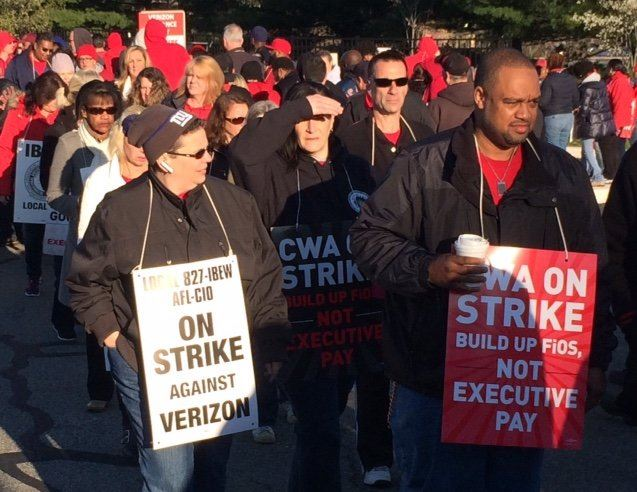 CWA_IBEW_on_Strike.JPG