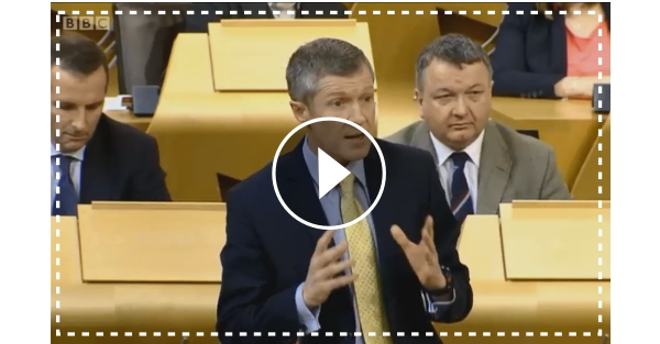 WATCH: Willie challenges First Minister on Council Cuts