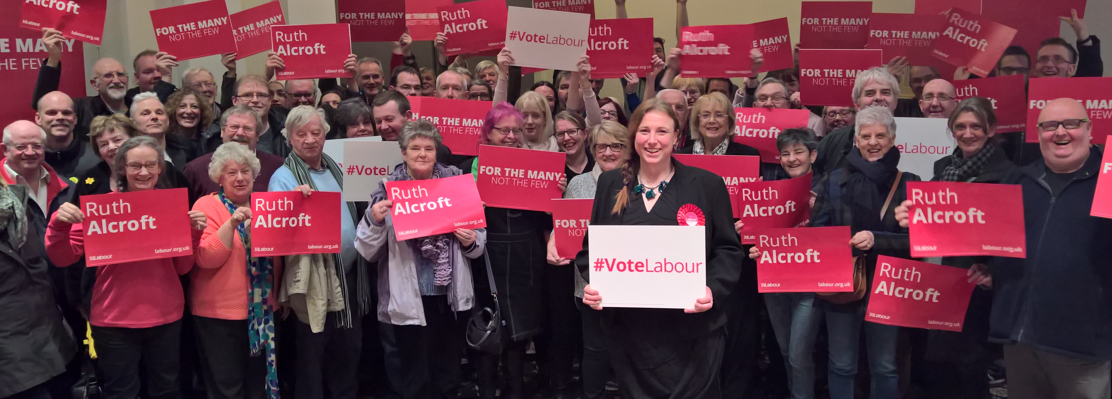 Ruth_Alcroft_and_Labour_Members.jpg