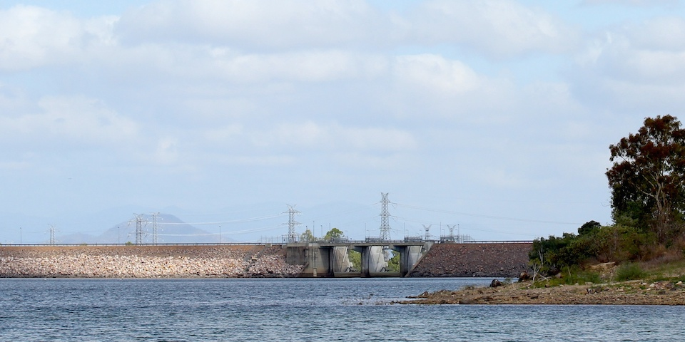 Ross_River_Dam_Gates.jpg