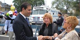 lanza_handshake.jpg