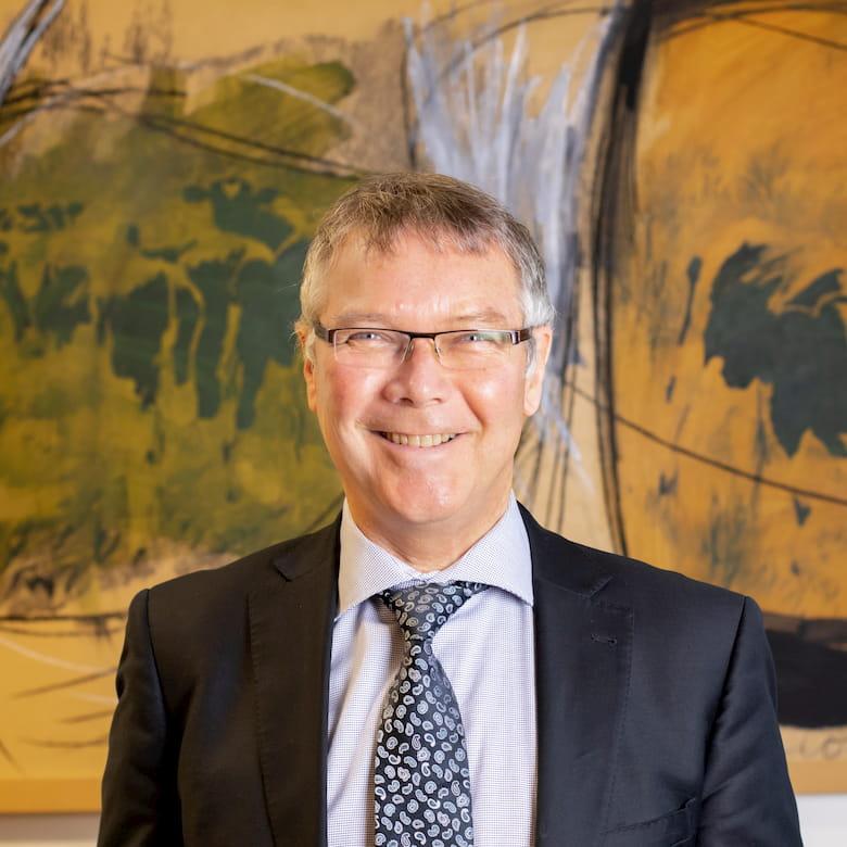 Hon David Parker