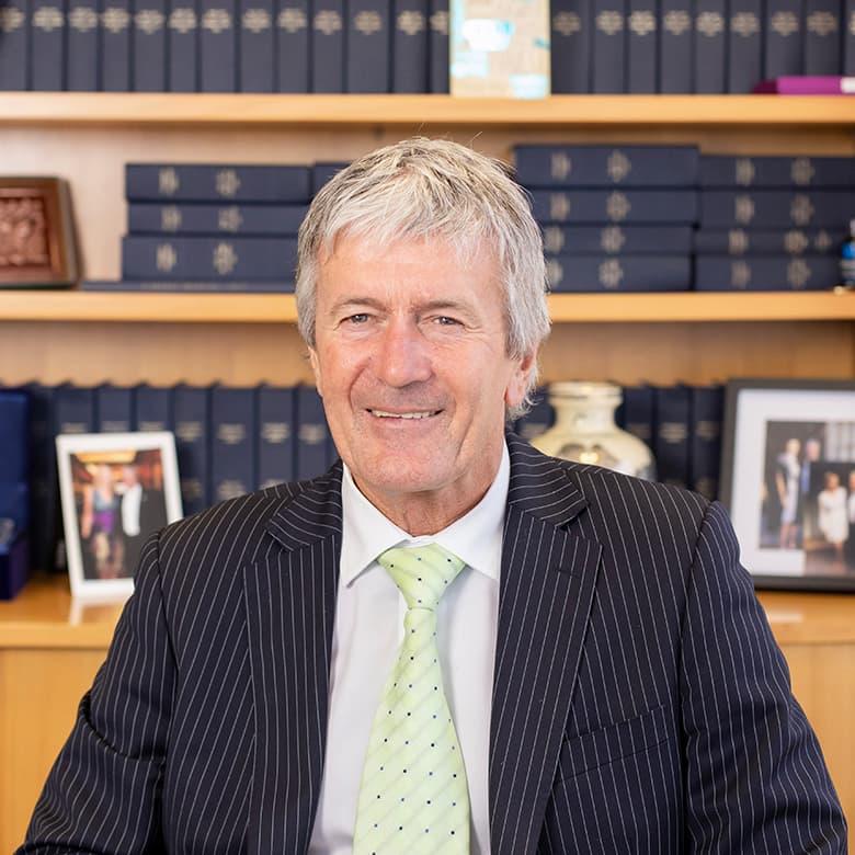Hon Damien O'Connor