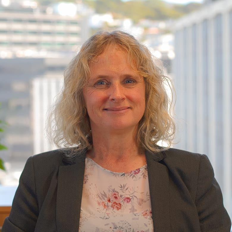 Dr Liz Craig