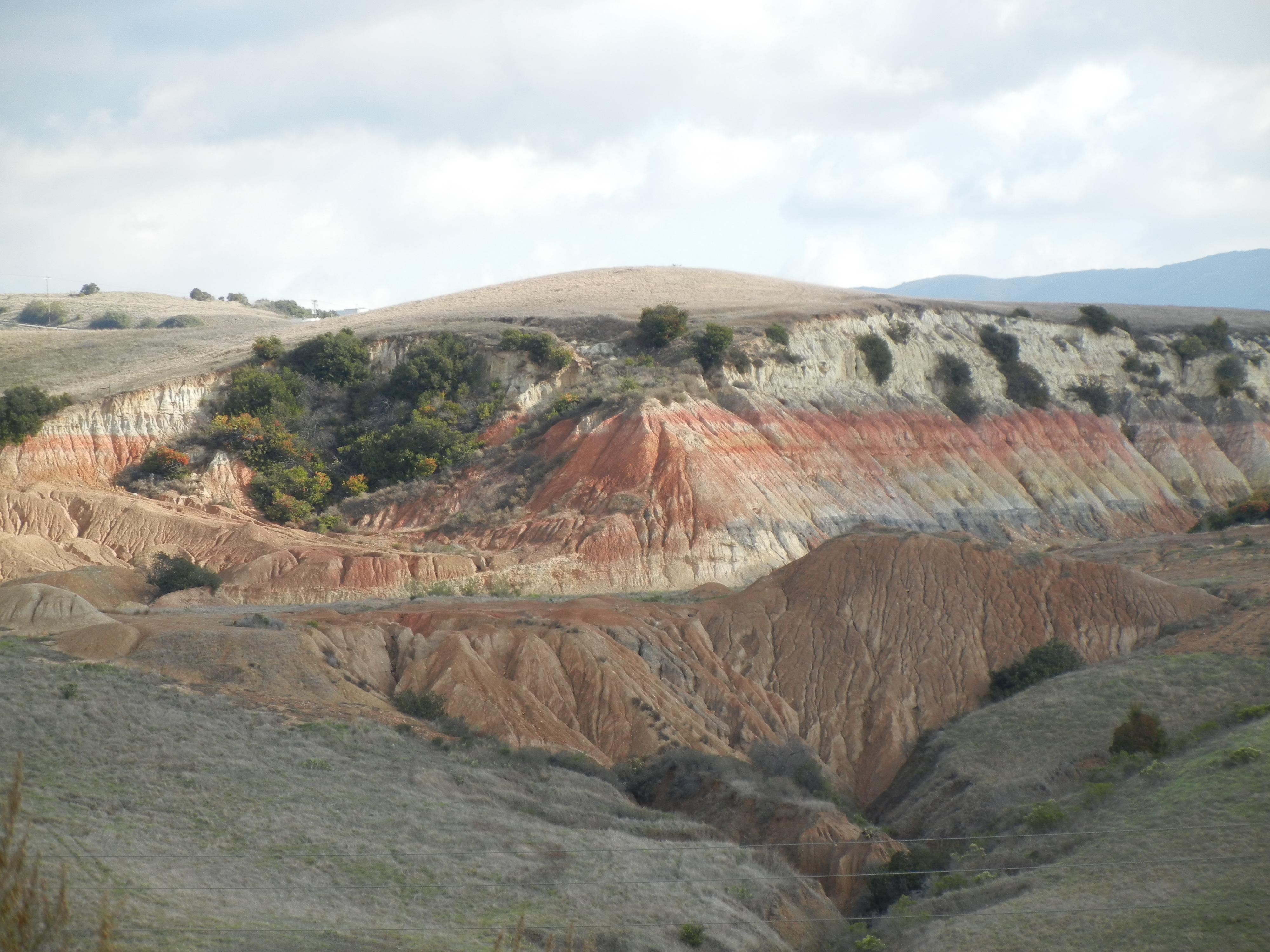 2011-12-13-Rainbow-mountain1.jpg