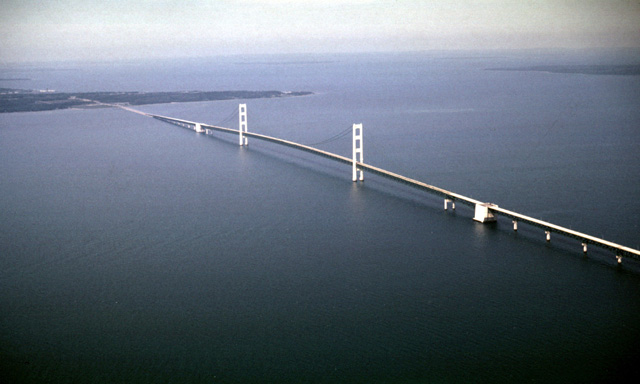 Straits-of-Mackinac-image.jpg