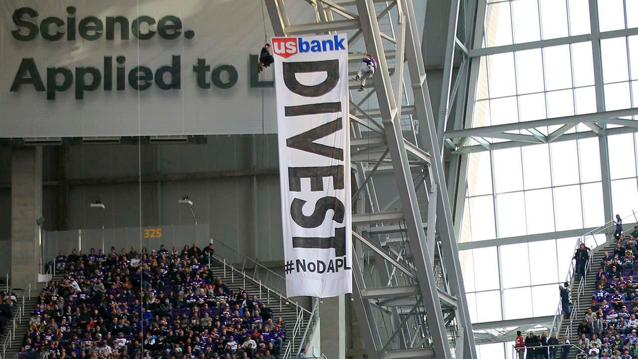 divest-us-bank.jpg
