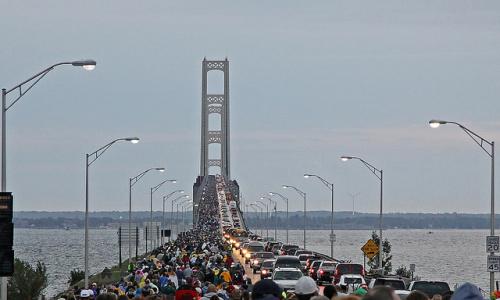 labor-day-mackinac-bridge-walk.jpg