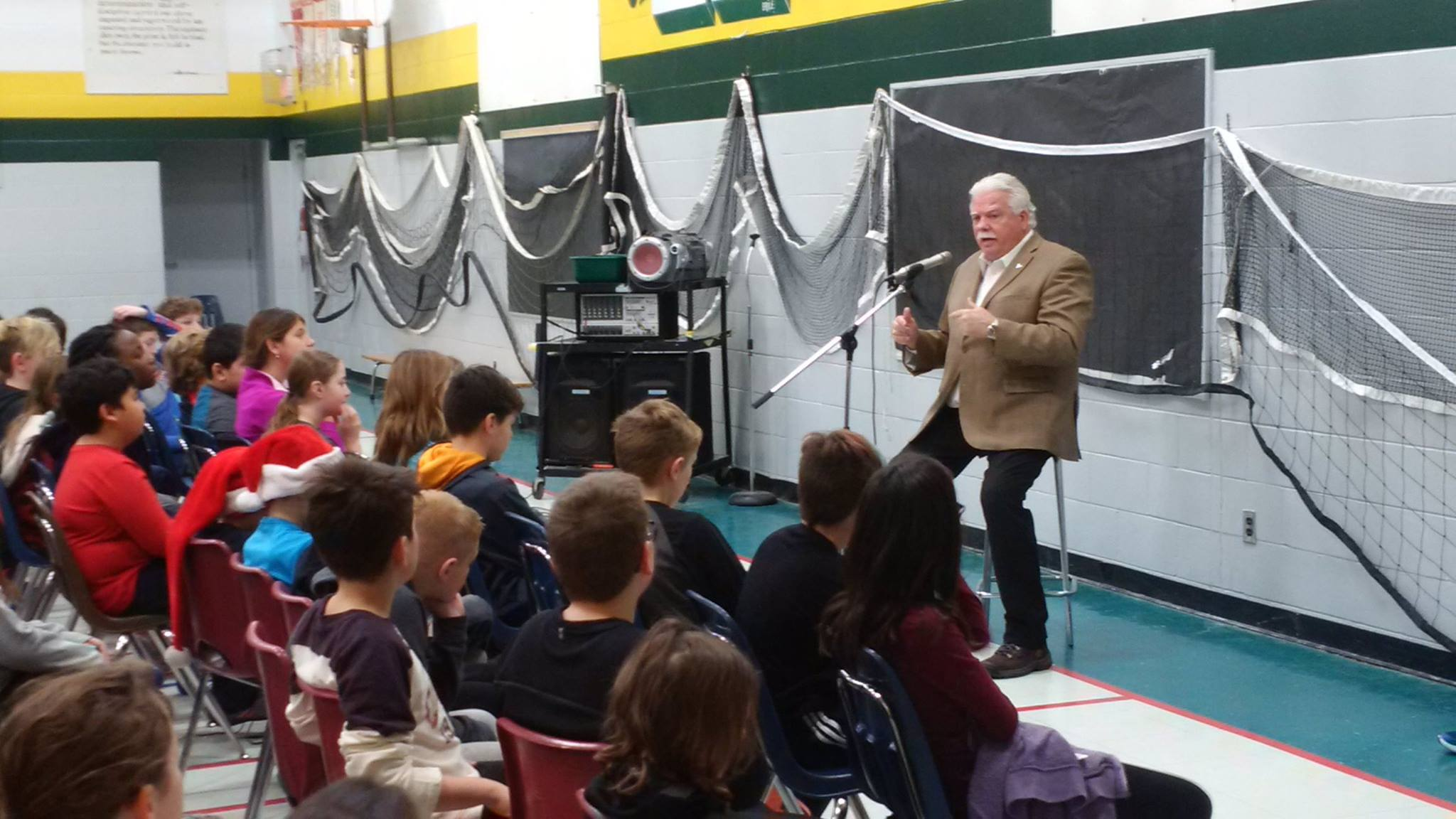 St._Piux_X_School_in_Tecumseh_grade_5_students_asking_about_Percy's_role_in_the_legislature..jpg
