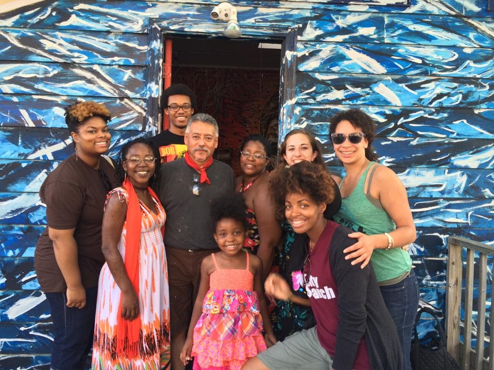 ONE DC members & other EBI participants visit local Chicago muralist Hector Duarte