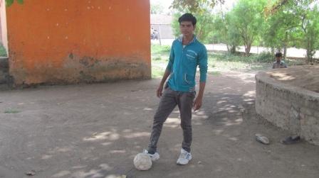 Mahendra's football dream
