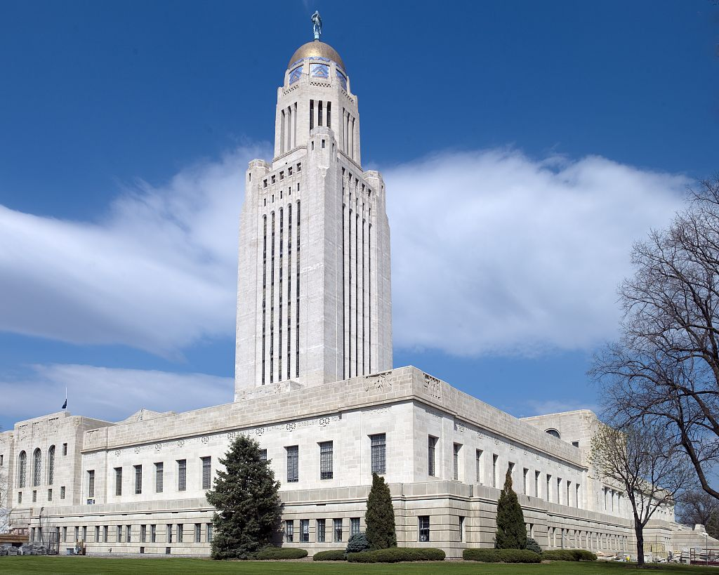 Nebraska open primaries nonpartisanship empowers independence falaconquin