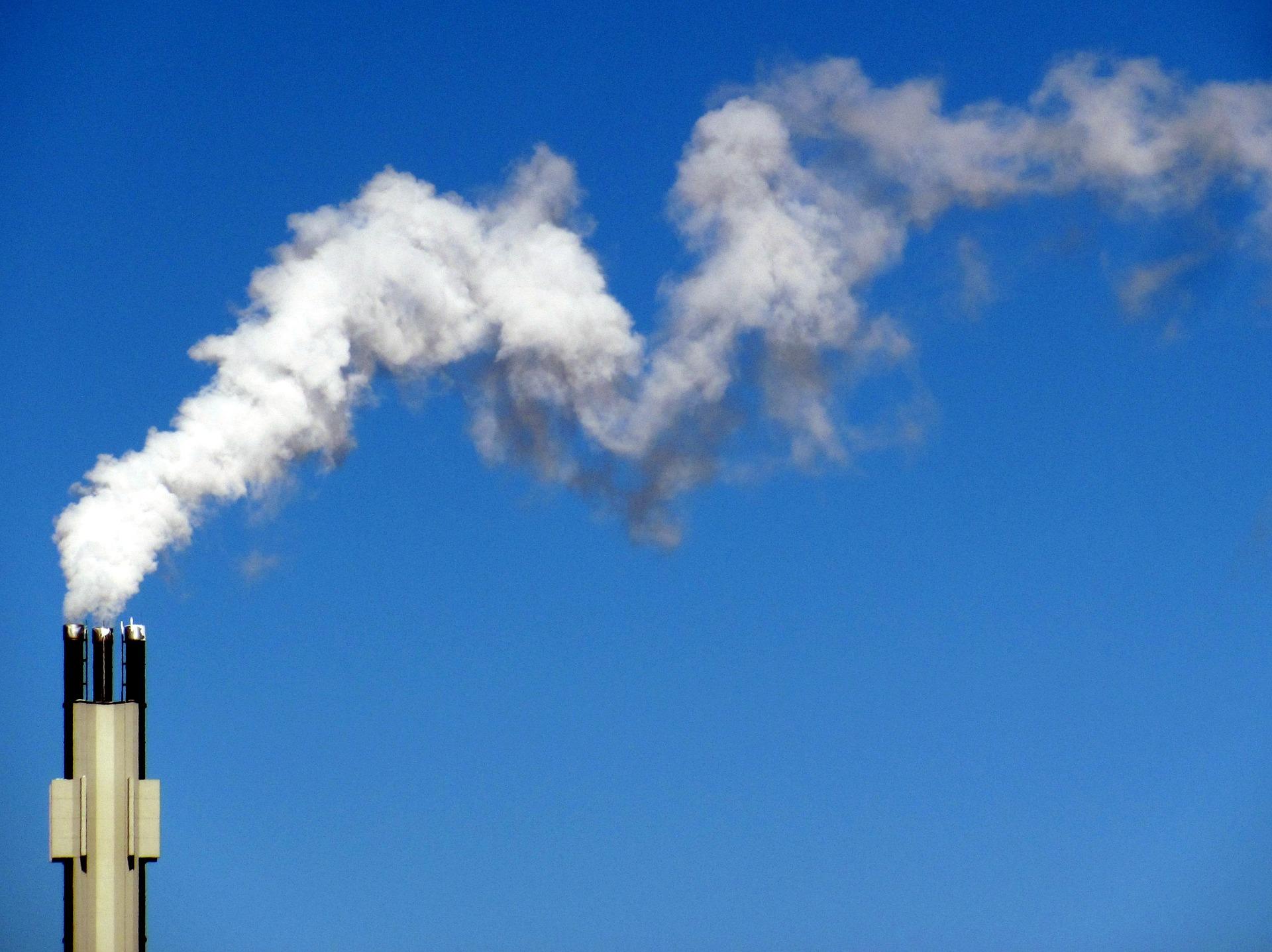smoke-654071_1920.jpg
