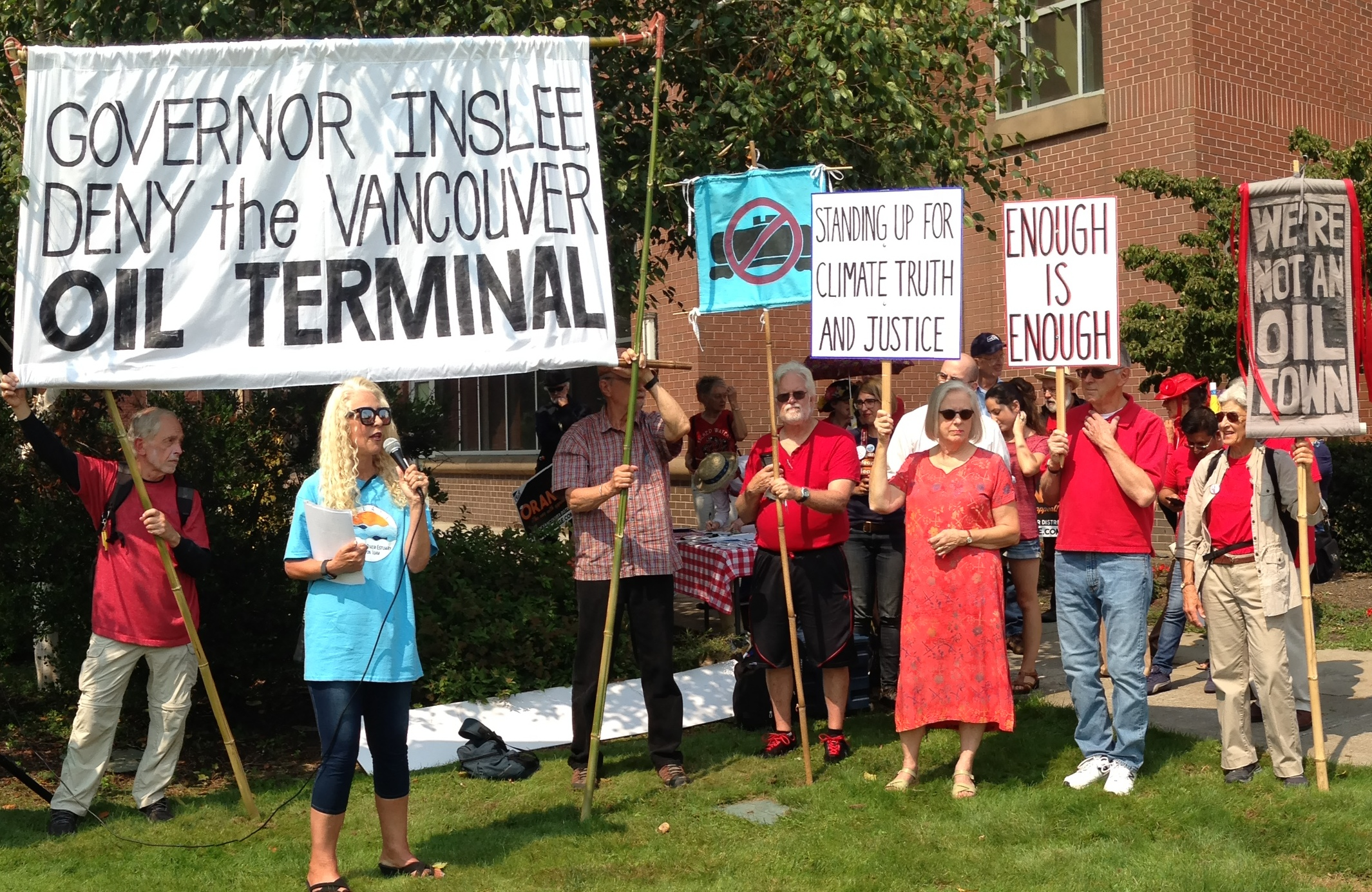 8-29-17_Tesoro_hearing_protest_in_Vancouver_cropped.jpg