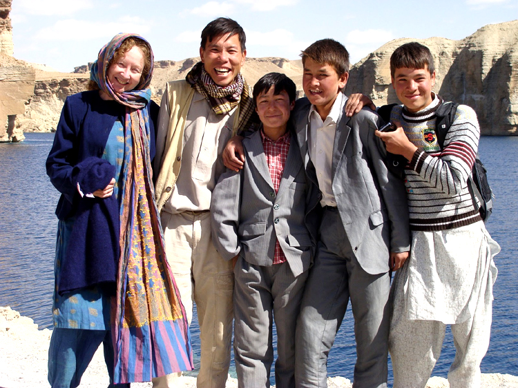Kathy_Kelly_with_Afghan_youth_in_Afghanistan.jpg