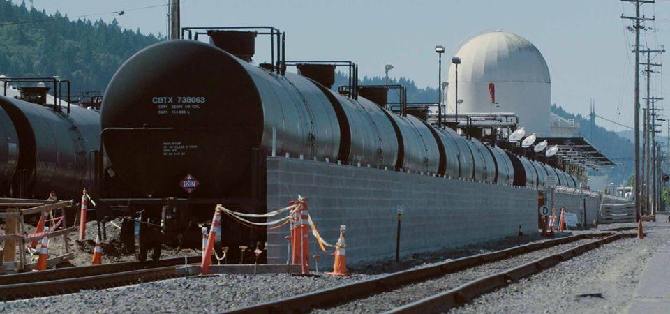 Oil_train.jpg