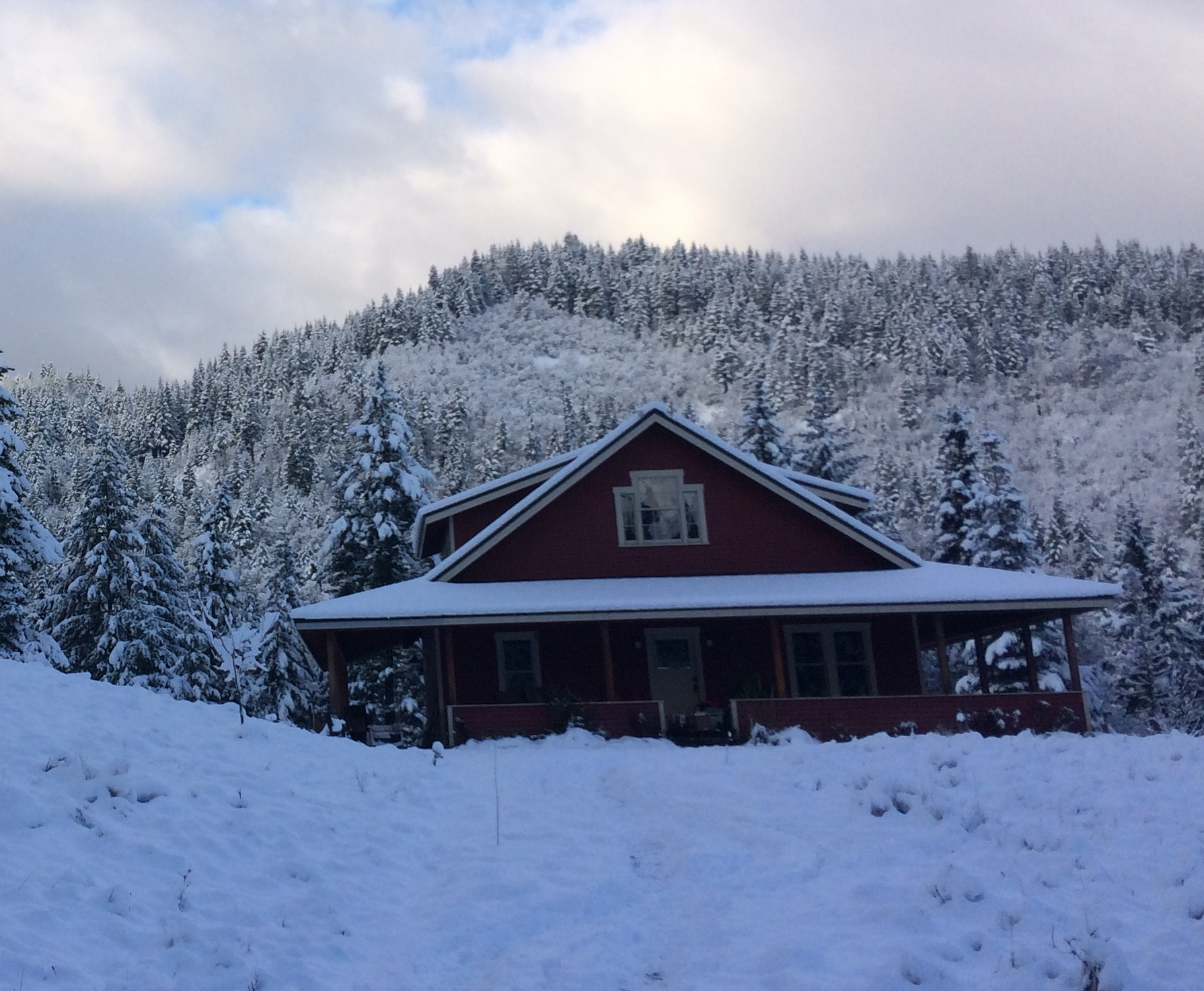 Pat_OHerrons_vacation_home_in_winter_(cropped).jpg