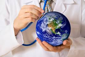 Doctor_with_stethescope_and_Earth.jpg