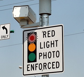 Red-light-camera-sm.jpg