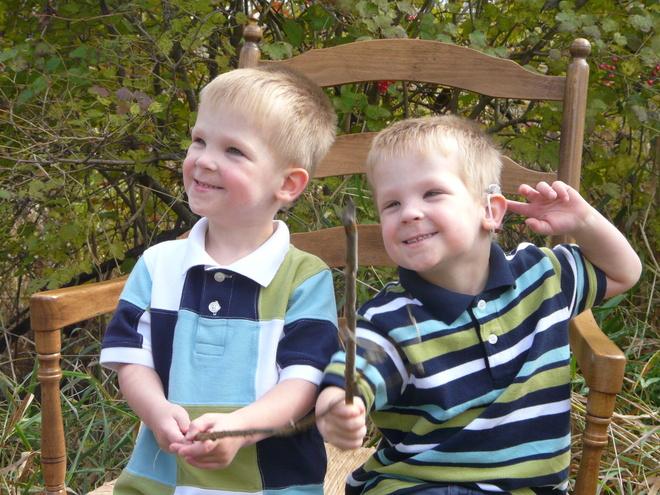 Twin brothers Gavin & Hayden