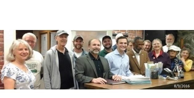 2016080901_RCV_Signatures_Turn_in_Benton_County_cropped_630x320_96dpi.jpg
