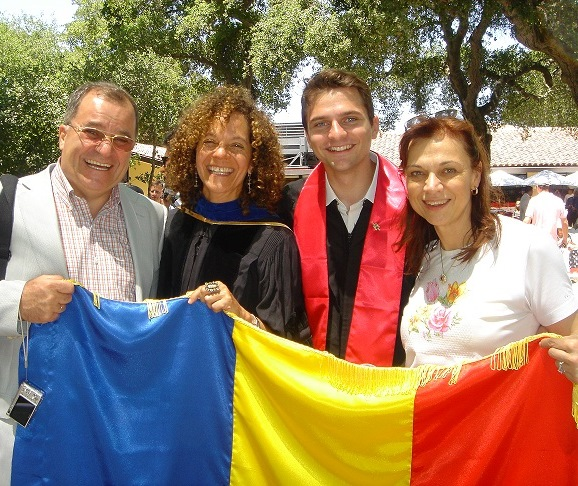 Stanford_graduation_ceremony_with_parents_and_with_Prof._Donna_Hunter_(Rhetoric).jpg