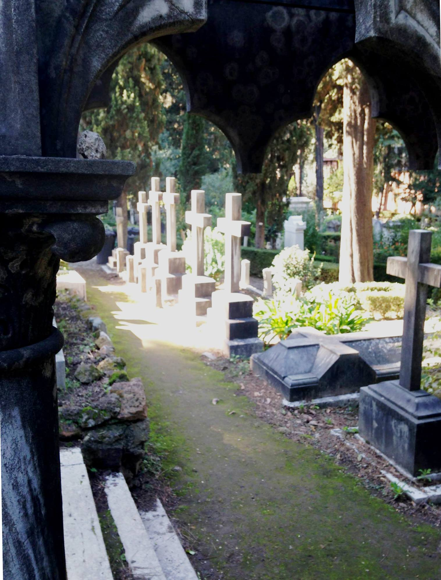 Protestant_Cemetery.jpg