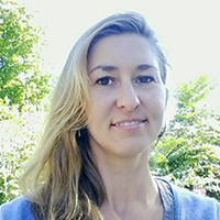 Larissa Stendie