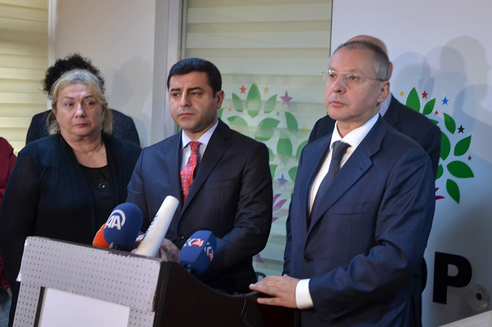 Demirtas and Stanishev at press conference